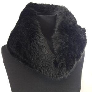 Babaton Womens Black Faux Fur Cowl Neck Scarf